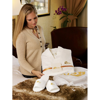 Waffle Weave Robe, Slippers & Card Gift Set